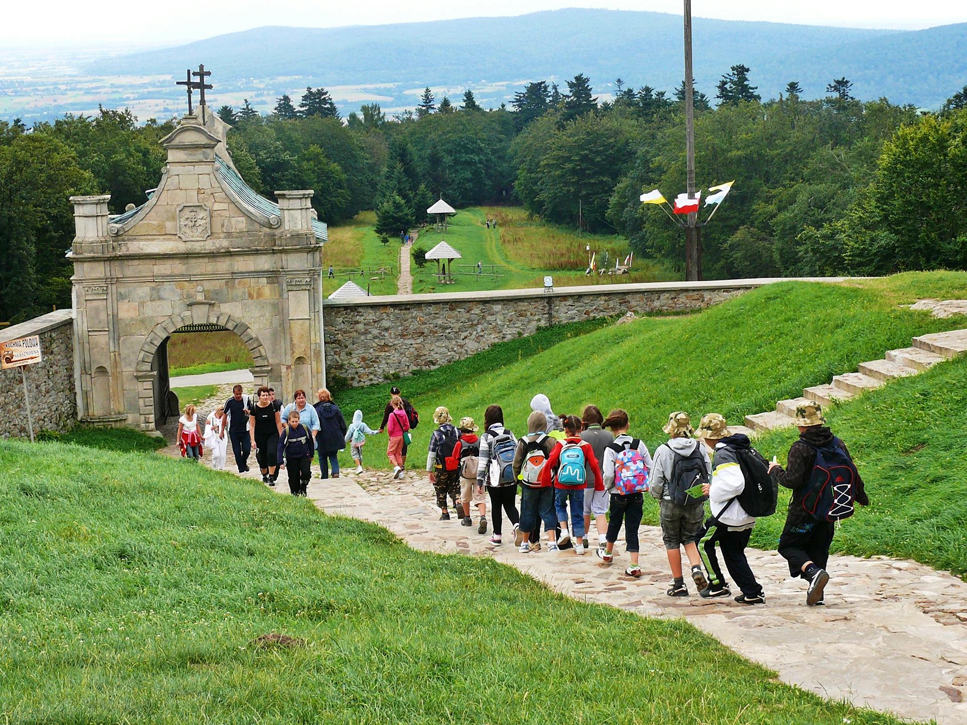 Wycieczka w Góry Świętokrzyskie - Geo Travel